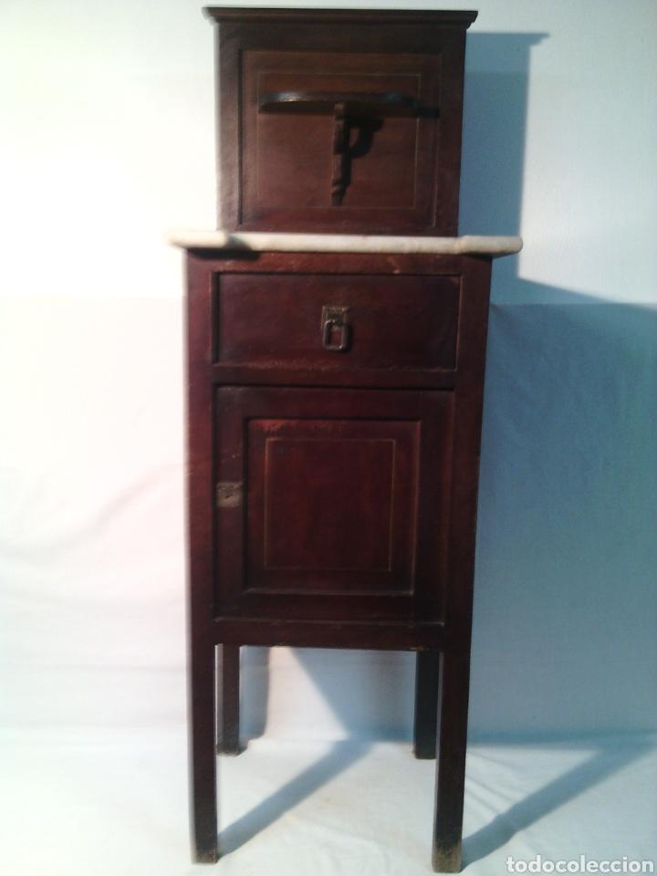 antigua mesa mesita mesilla madera oscura.siglo - Comprar Muebles ...