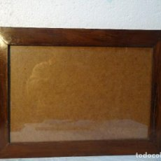 Antigüedades: MARCO ANTIGUO SIGLO XX MADERA DE CASTAÑO, 3000-283. Lote 72440231