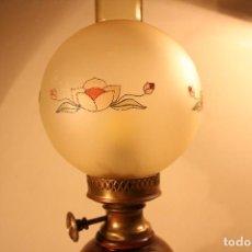 Antigüedades: LAMPARA QUINQUE ELECTRICO DE SOBREMESA. Lote 72705551
