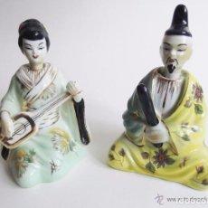 Antigüedades: PAREJA FIGURAS PORCELANA CHINA CON PLOMADA EN LA CABEZA PARA DAR MOVIMIENTO. Lote 72705615