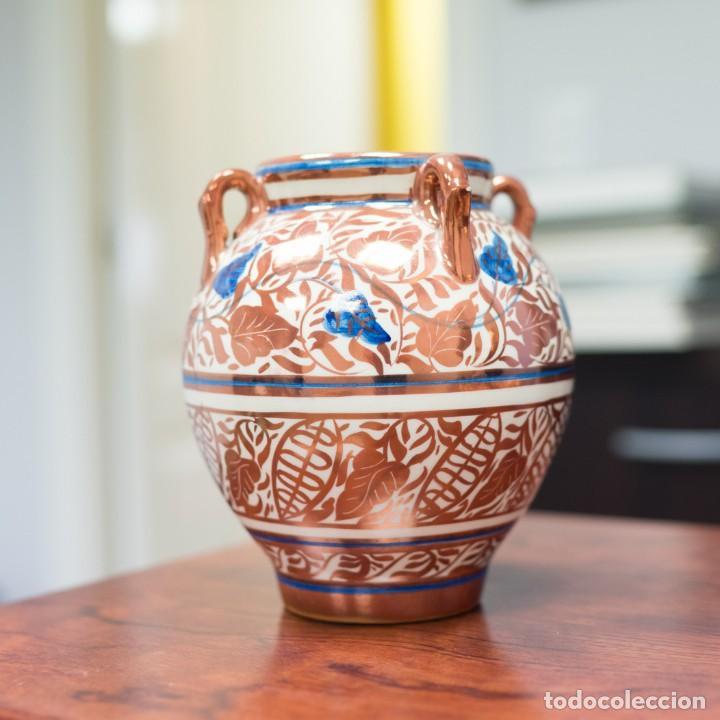 JARRA GIMENO RIOS CERÁMICA MANISES REFLEJOS - 20CM (Antigüedades - Porcelanas y Cerámicas - Manises)