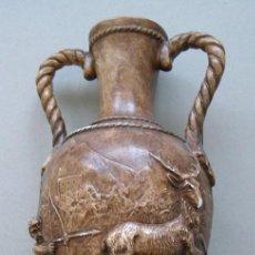 Antigüedades: JARRON DE CERAMICA PATINADA. MUY HISTORIADO CON RELIEVES.. Lote 72739927