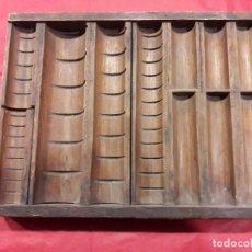 Antigüedades: CLASIFICADOR MONEDAS DE COMERCIO. Lote 72755327