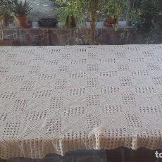 Antigüedades: ANTIGUA COLCHA DE HILO, TONO MARRON GRISACEO. Lote 72840743