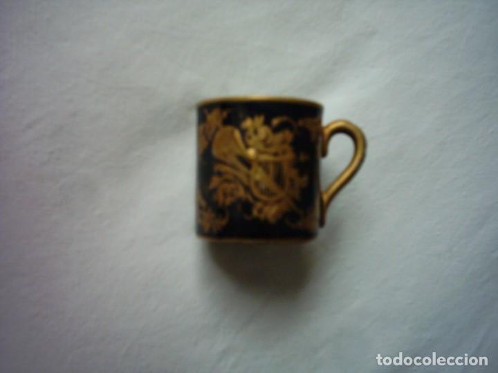 Antigüedades: TAZA DE PORCELANA DEL BUEN-RETIRO, MADRID. MARCA ESTAMPADA DEL SIGLO XVIII. 5 X 5 cm. - Foto 3 - 72869863