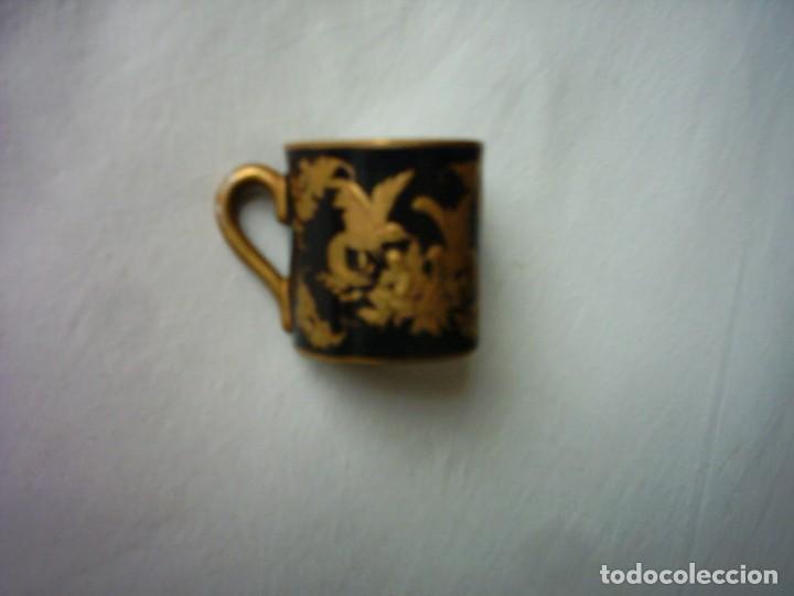 Antigüedades: TAZA DE PORCELANA DEL BUEN-RETIRO, MADRID. MARCA ESTAMPADA DEL SIGLO XVIII. 5 X 5 cm. - Foto 4 - 72869863