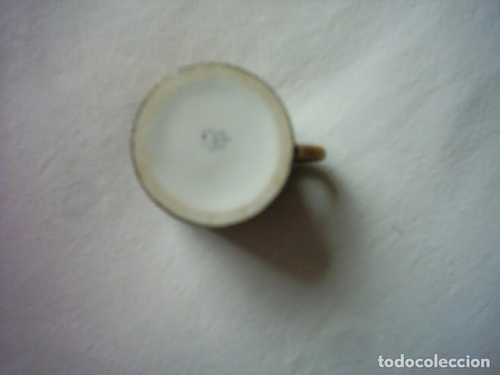Antigüedades: TAZA DE PORCELANA DEL BUEN-RETIRO, MADRID. MARCA ESTAMPADA DEL SIGLO XVIII. 5 X 5 cm. - Foto 7 - 72869863
