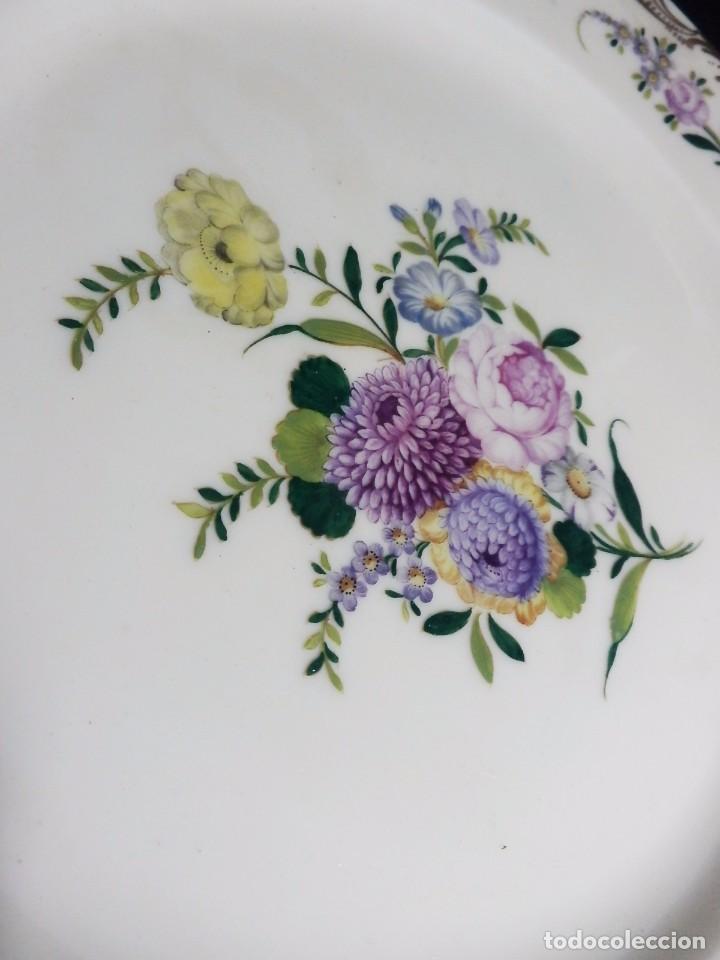 Antigüedades: Pareja platos Thomas Bavaria, Sajonia - Decoración floral y al oro para Grifé Escoda, ca 1940 27cms - Foto 4 - 72884123