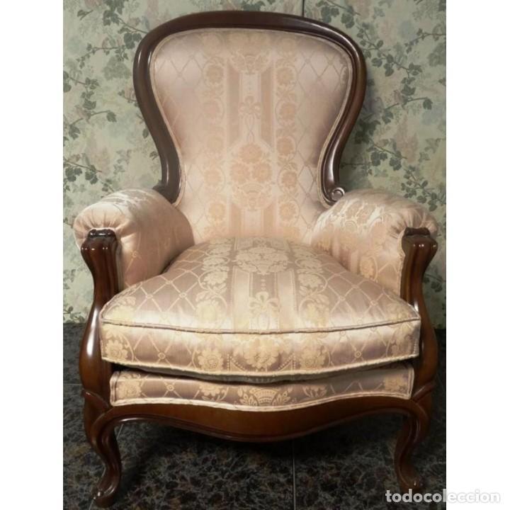 Sillon isabelino nogal tapizado comprar sillones for Sillones antiguos tapizados
