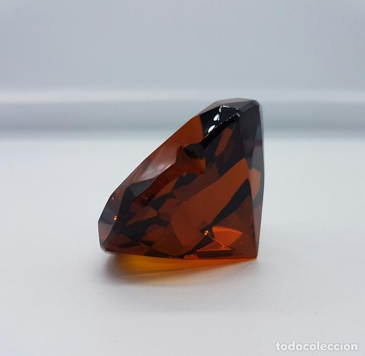 Antigüedades: Bello diamante con forma de corazón facetado en cristal Italiano color ambar . - Foto 2 - 73041799