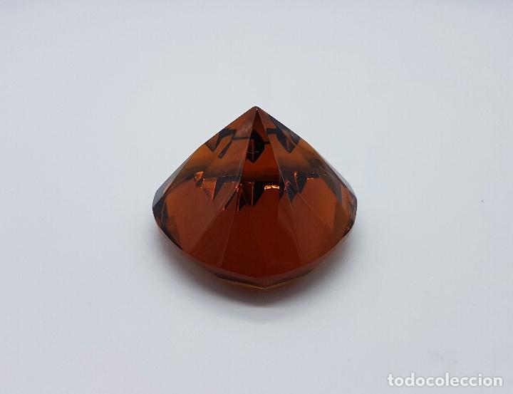 Antigüedades: Bello diamante con forma de corazón facetado en cristal Italiano color ambar . - Foto 3 - 73041799