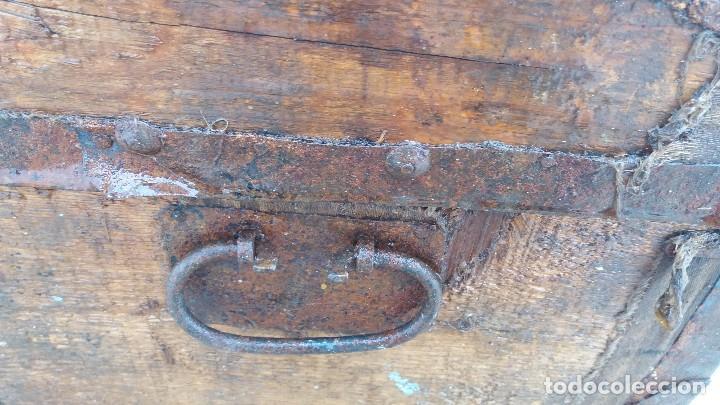 Antigüedades: Arca baúl o arcon de madera muy antiguo - Foto 6 - 73045491