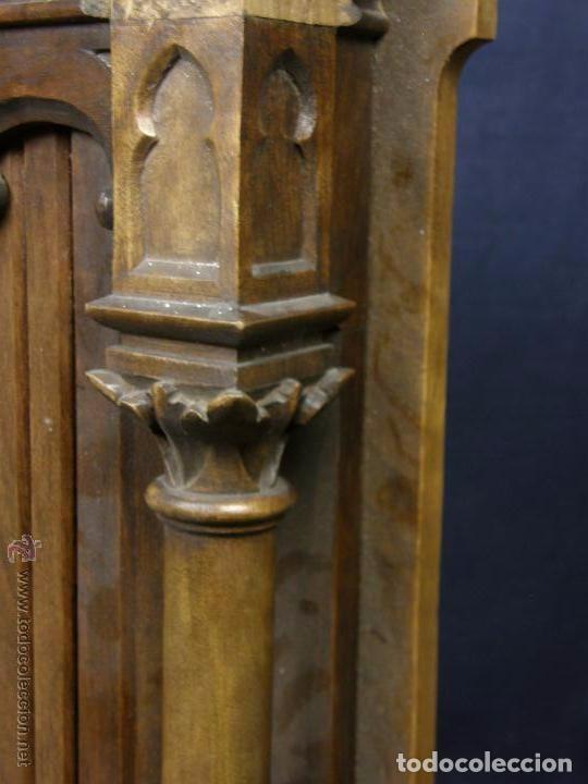 Antigüedades: Hornacina expositor nogal sagrario puertas persiana columnas pinaculos neogotica - Foto 10 - 73048971
