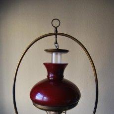 Antigüedades: LAMPARA ANTIGUA OPALINA TECHO Y SOBREMESA.. Lote 73258343
