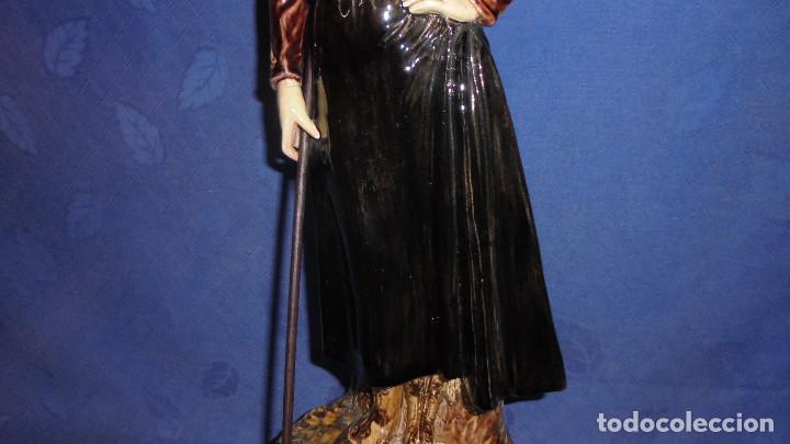 Antigüedades: FIGURA DEL ESCULTOR ANTONIO PEYRO, MUJER CORDOBESA CON GARROCHA. MEDIDA SIN LA GARROCHA 58.5 cm.+ - Foto 5 - 73481143