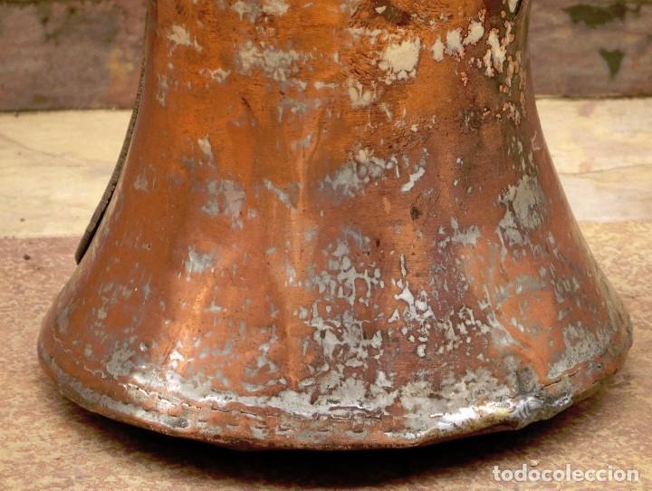 Antigüedades: ANTIGUA Y PRECIOSA JARRA DE COBRE CON TAPA - ASA DE HIERRO / BRONCE - DECORACIÓN RÚSTICA - - Foto 10 - 73497935