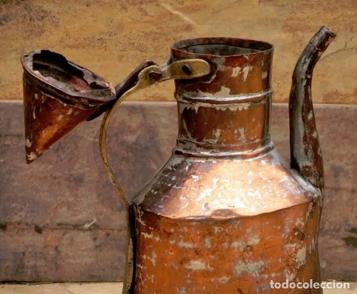 Antigüedades: ANTIGUA Y PRECIOSA JARRA DE COBRE CON TAPA - ASA DE HIERRO / BRONCE - DECORACIÓN RÚSTICA - - Foto 16 - 73497935