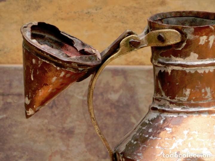 Antigüedades: ANTIGUA Y PRECIOSA JARRA DE COBRE CON TAPA - ASA DE HIERRO / BRONCE - DECORACIÓN RÚSTICA - - Foto 19 - 73497935