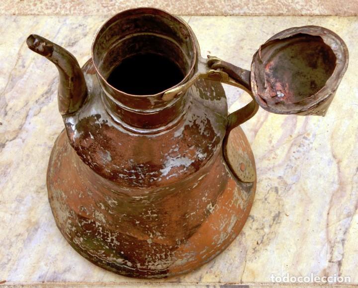 Antigüedades: ANTIGUA Y PRECIOSA JARRA DE COBRE CON TAPA - ASA DE HIERRO / BRONCE - DECORACIÓN RÚSTICA - - Foto 24 - 73497935