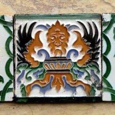 Antigüedades: TRÍO DE AZULEJOS SEVILLANOS - MENSAQUE & CÍA - DEMONIO - MITOLOGÍA - CERÁMICA - TRIANA - DECORACIÓN. Lote 73503343