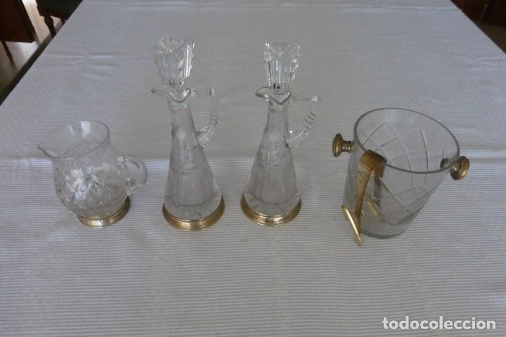 VINAGRERAS, CUBITERA Y JARRITA DE CRISTAL Y PLATA (Antigüedades - Cristal y Vidrio - Otros)