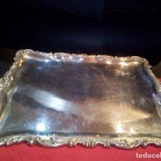 Antigüedades: BANDEJA EN PLATA DE LEY LABRADA. Lote 73565043