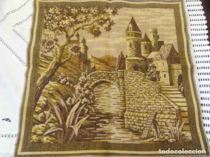 TAPIZ EN BUEN ESTADO, (Antigüedades - Hogar y Decoración - Tapices Antiguos)