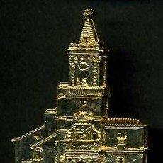 Antigüedades: MEDALLA INSIGNIA ORO FACHADA DE LA IGLESIA PAROQUIA NUESTRA SEÑORA DE LAS VIRTUDES-VILLA MARTIN-Nº30. Lote 73591915