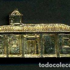 Antigüedades: MEDALLA INSIGNIA ORO FACHADA DE LA IGLESIA PAROQUIA NUESTRA SEÑORA DE LA O - UBRIQUE CADIZ-Nº34. Lote 128438974