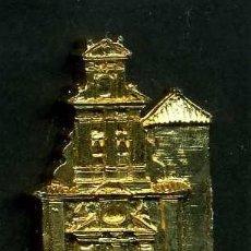 Antigüedades: MEDALLA INSIGNIA ORO FACHADA DE LA IGLESIA PAROQUIA NTRA SRA DE LA ANTIGUA-TORE ALHAQUIME CADIZ-Nº44. Lote 73597535