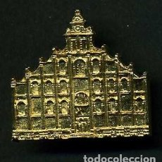 Antigüedades: MEDALLA INSIGNIA ORO FACHADA DE LA IGLESIA SANTA MARIA DEL VALLE - ALCALA DEL VALLE CADIZ-Nº45. Lote 73597715