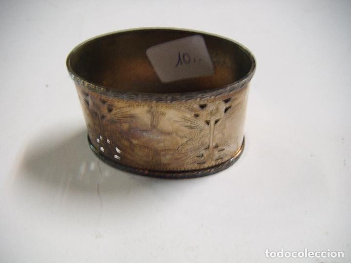 Antigüedades: ARO PARA SERVILLETA ANTIGUO EN METAL ADORNADO CON FILIGRANA - Foto 5 - 73659183