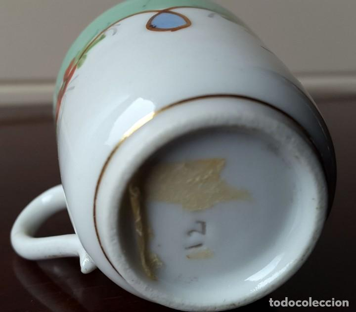 Antigüedades: PEQUEÑA TAZA DE CAFE, COLECCIÓN. XIX. 4CM. - Foto 3 - 73685559