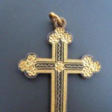 Antigüedades: ANTIGUO COLGANTE CRUZ RELIGIOSA. CRUCIFIJO. HECHO A MANO.. Lote 73687083