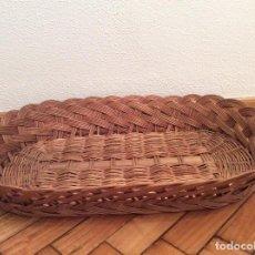Antigüedades: ANTIGUA CESTA DE MIMBRE PARA EL PLANCHADO..... Lote 73704567