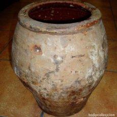 Antigüedades: CÁNTARO MUY ANTIGUO DE BARRO LAÑADO DE LA ÉPOCA. Lote 73764827