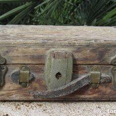 Antigüedades: ANTIGUO BAÚL MADERA. Lote 72752527