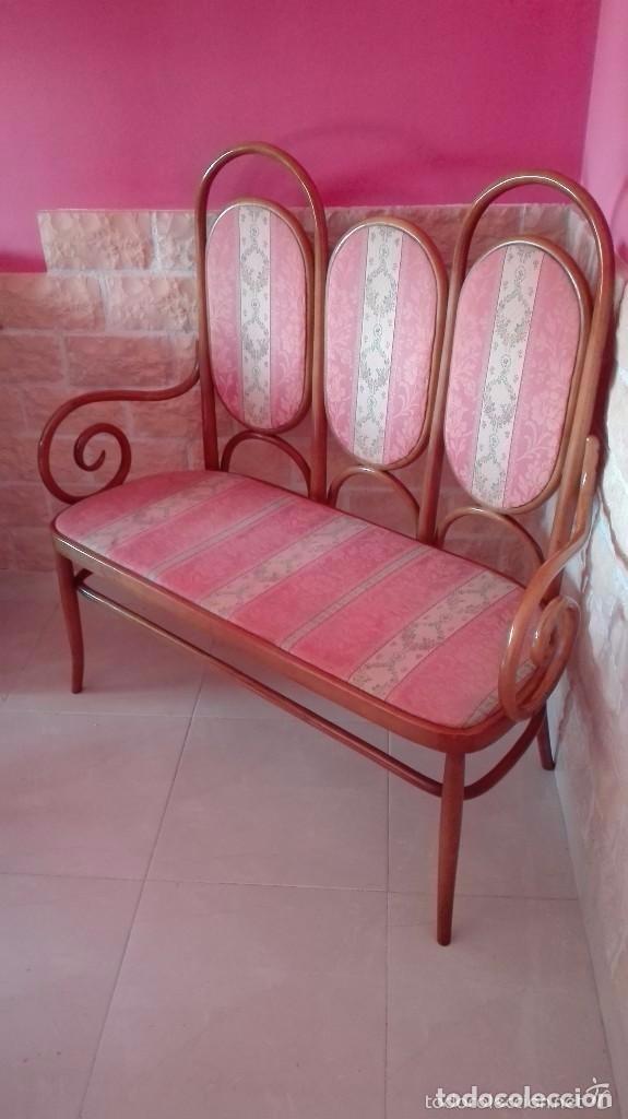 Antigüedades: Antiguo sillon descalzador doble .madera curvada . - Foto 10 - 73778875