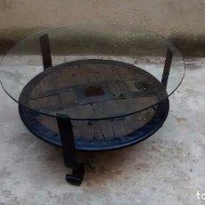 Antiquitäten - Tarragona mesa de centro realizada con rueda carro gallego XVIII NO envío - 73812199