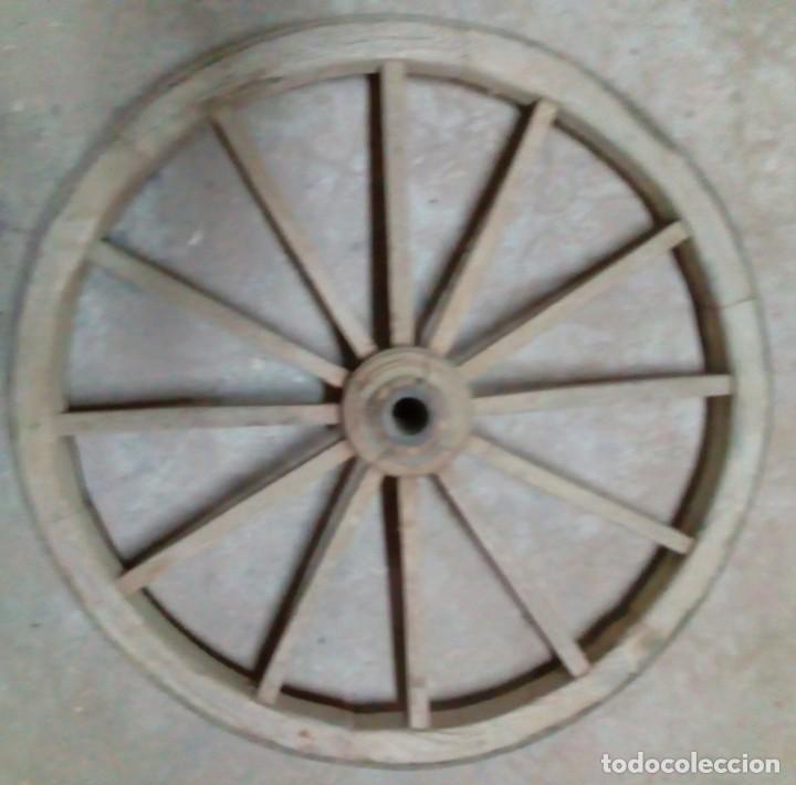 1 RUEDA DE MADERA (Antigüedades - Técnicas - Rústicas - Ganadería)