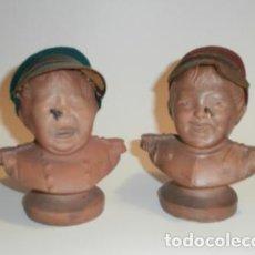 Antigüedades: PAREJA DE NIÑOS EN TERRACOTA. Lote 73850815