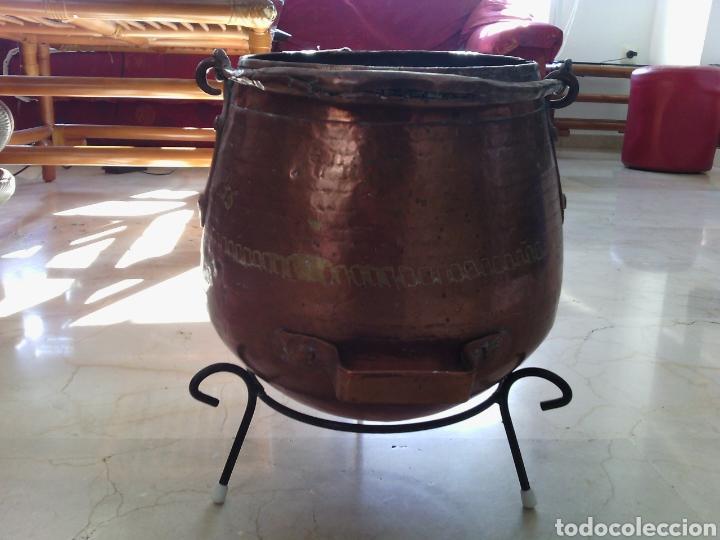 Antigüedades: OLLA O CALDERA DE COBRE CON ASA. 23 CM ALTURA. 18 CM DIÁMETRO DE BOCA. - Foto 2 - 73864562