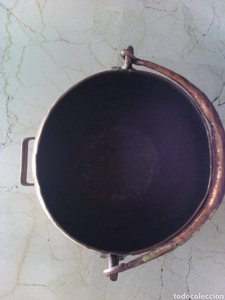 Antigüedades: OLLA O CALDERA DE COBRE CON ASA. 23 CM ALTURA. 18 CM DIÁMETRO DE BOCA. - Foto 4 - 73864562