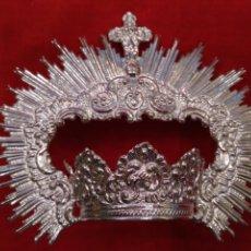 Antigüedades: CORONA DE VIRGEN CON BAÑO DE PLATA (NUEVO) 5 CM DE DIÁMETRO. Lote 176721457