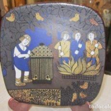 Antigüedades: ORIGINAL PLATO DE CERÁMICA ARABIA FINLAND. 19,5 X 19,5 CMS.. Lote 73915635