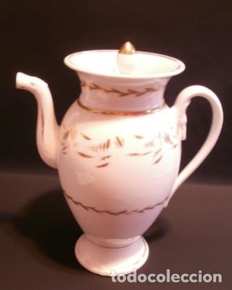GRAN CAFETERA DE PORCELANA DE PASAJES. (Antigüedades - Porcelanas y Cerámicas - Otras)