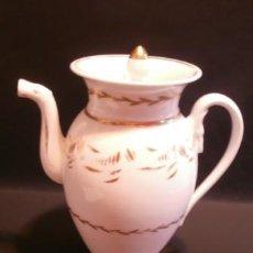 Antigüedades: GRAN CAFETERA DE PORCELANA DE PASAJES.. Lote 73976763