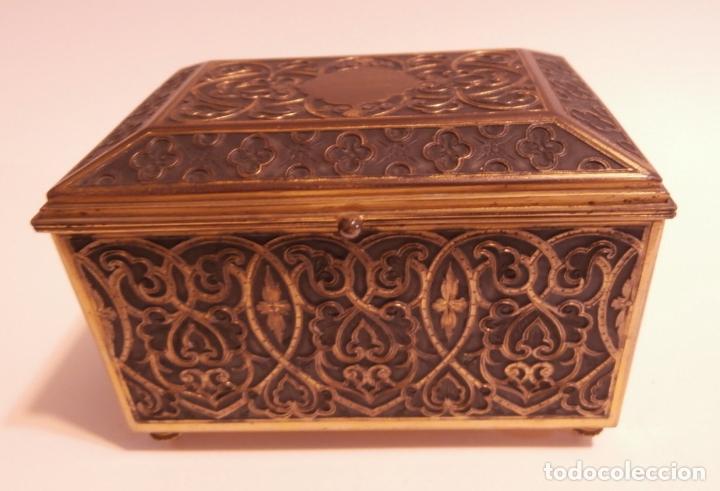 COFRE BRONCE (Antigüedades - Hogar y Decoración - Cajas Antiguas)