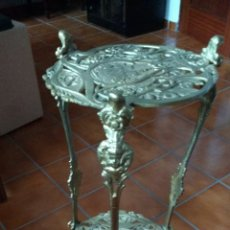 Antigüedades: PIE O MACETERO DE BRONCE. DOS PISOS.. Lote 74030474