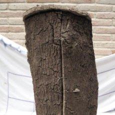 Antigüedades: APICULTURA - COLMENA ANTIGUA EN CORCHO - ETNOGRAFIA.. Lote 74103739